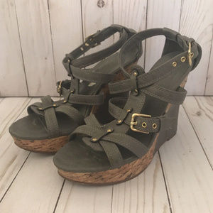 Sbicca Grey Platform Wedge Sandals Size 8M